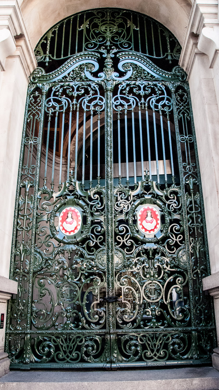 Sir Thomas Gresham And The Royal Exchange Symbols Amp Secrets